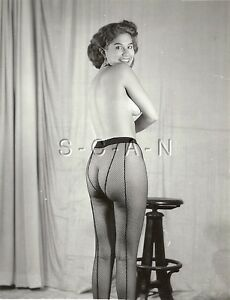 Pretty Woman In A Dress Sits On Fence Sexy Legs 1940s Photo 1638 ...