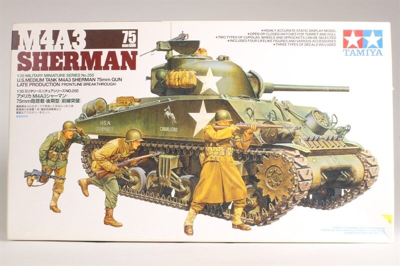 Tamiya 1 35 scale WW2 US American M4A3 Sherman tank with 75mm Gun + 3 figures
