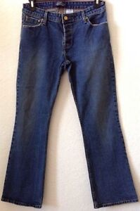 Juniors-11-Levi-Strauss-Blue-Jeans-Low-Rise-Slim-Boot-31-034-Ins-Button-Fly-Pre-Own