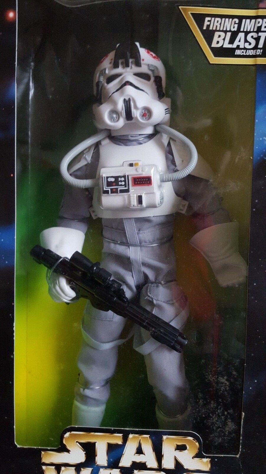 Star Wars AT-AT Driver 12  Figura Nueva 1996 En Caja Libre P&p  Raro
