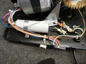 motor and capacitor gears chamberlain garage door opener. Black Bedroom Furniture Sets. Home Design Ideas
