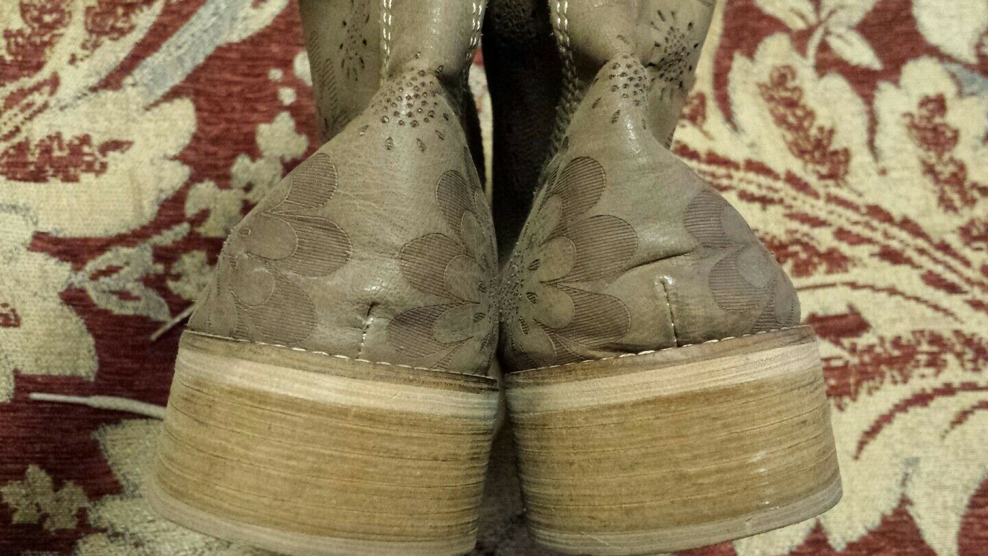 Anthropologie by Essenza lace beige leather leather leather Nubuck Lace up ankle boots 37  7 US 6f2fdf