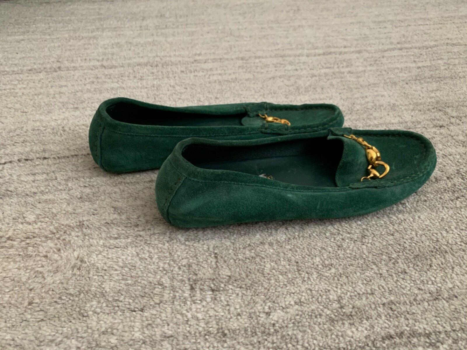 Gucci Suede Green Loafers - image 5