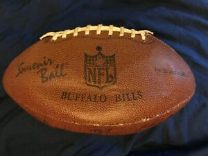 BUFFALO-BILLS-1976-TEAM-AUTOGRAPHED-SIGNED-NFL-SOUVENIR-GAME-DAY-FOOTBALL-OLD