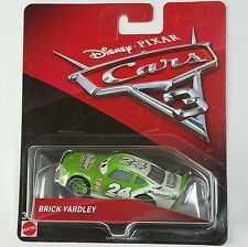 CARS 3 - BRICK YARDLEY racer VITOLINE TEAM -  Mattel Disney Pixar
