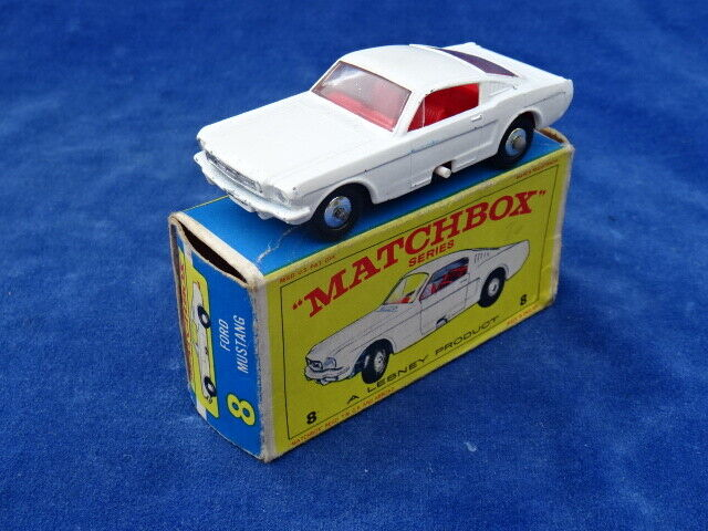 RARE & TOP MATCHBOX LESNEY - FORD MUSTANG 8 ROUE CHROMEE