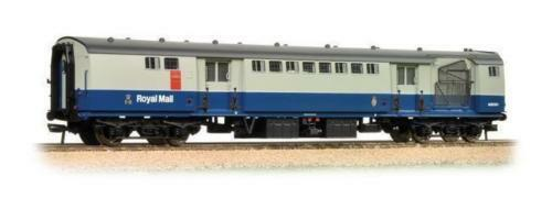 BACHMANN  - 39-426 TPO SORTING VAN WITH NETS BR blueE & GREY  Brand New & Boxed