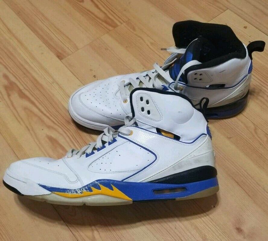 NIKE AIR JORDAN SIXTY PLUS 60 LANEY BUCS V 5 5 5 WHITE blueE YELLOW 364806-171 15 76ca90