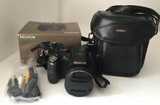 Fujifilm FinePix S Series S4000 14.0MP Digital Camera Black & Camera Case/Bag