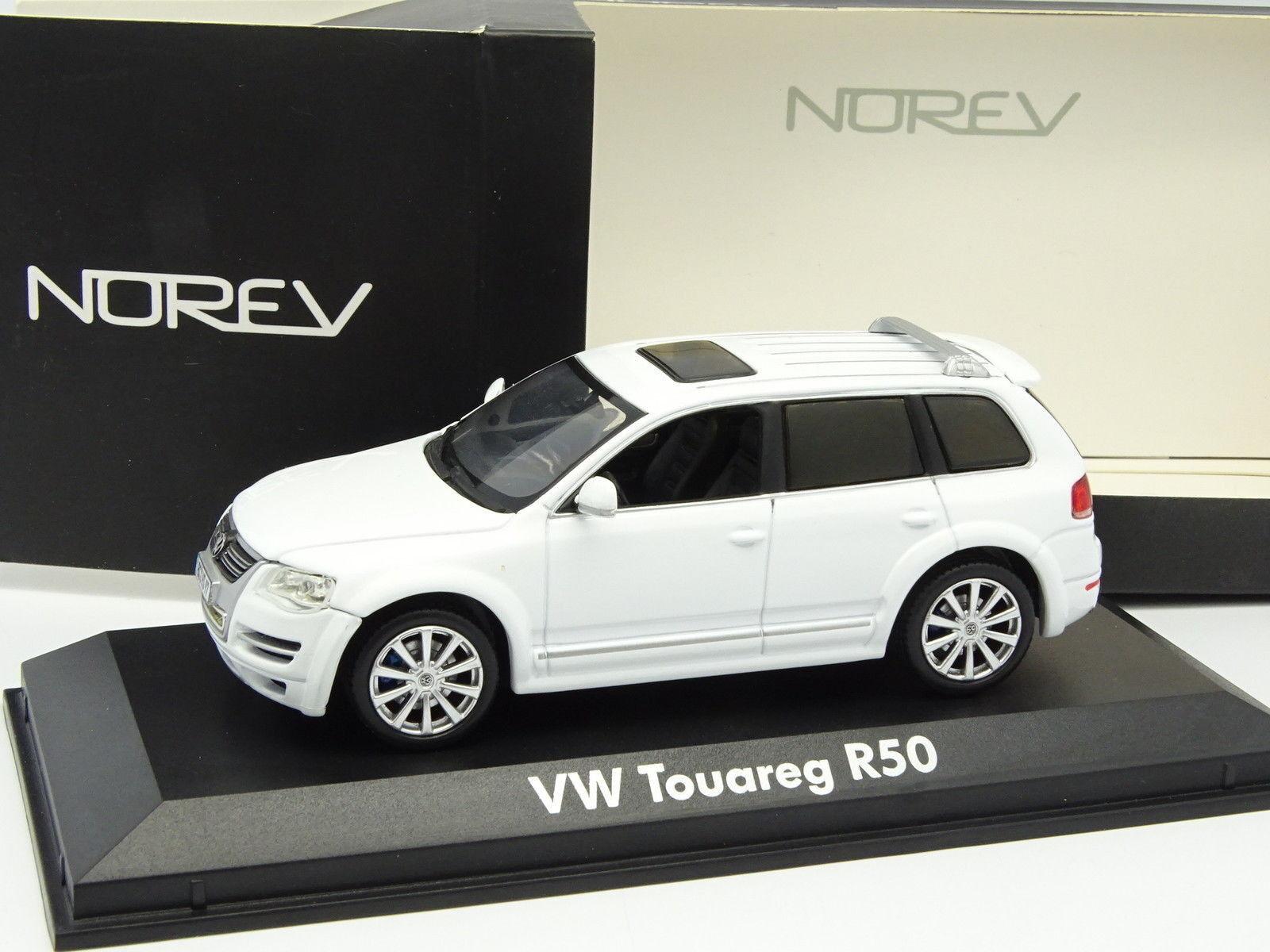 Norev 1   43 - vw touareg r50 bianco