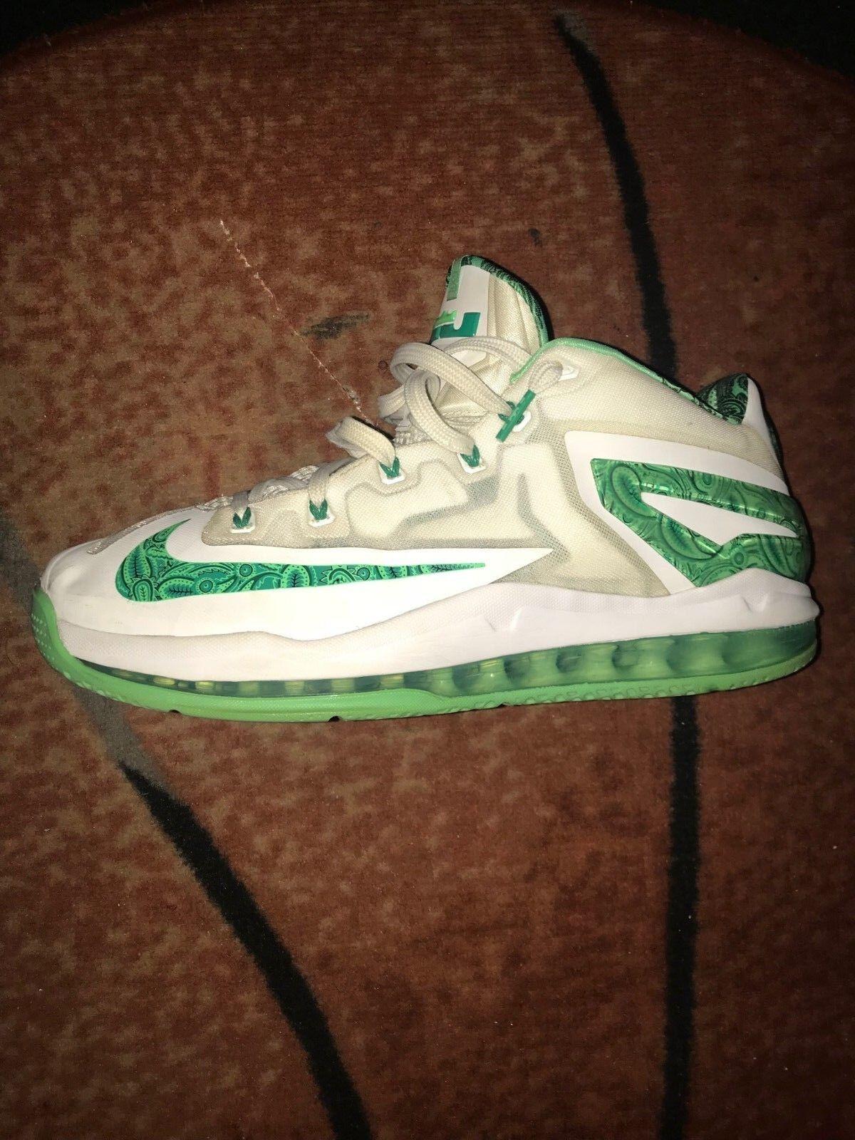 Nike lebron 11 bassa pasqua usata bianco / verde