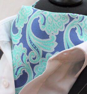 Cravat Ascot Lumière & Dark Blue Cravat Avec Mouchoir Correspondant.-afficher Le Titre D'origine