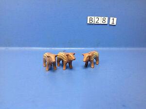 B28-1-playmobil-3-marcassins