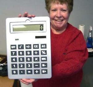 GIANT-BIG-HUGE-SILVER-SOLAR-CALCULATOR-school-office-gag-gift-LARGE-machine-NEW