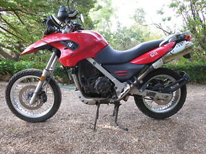 FOR-SALE-1-SEAT-BMW-G650GS-YEAR-2009-38000-KM-WRECKING-COMPLETE-MOTORCYCLE