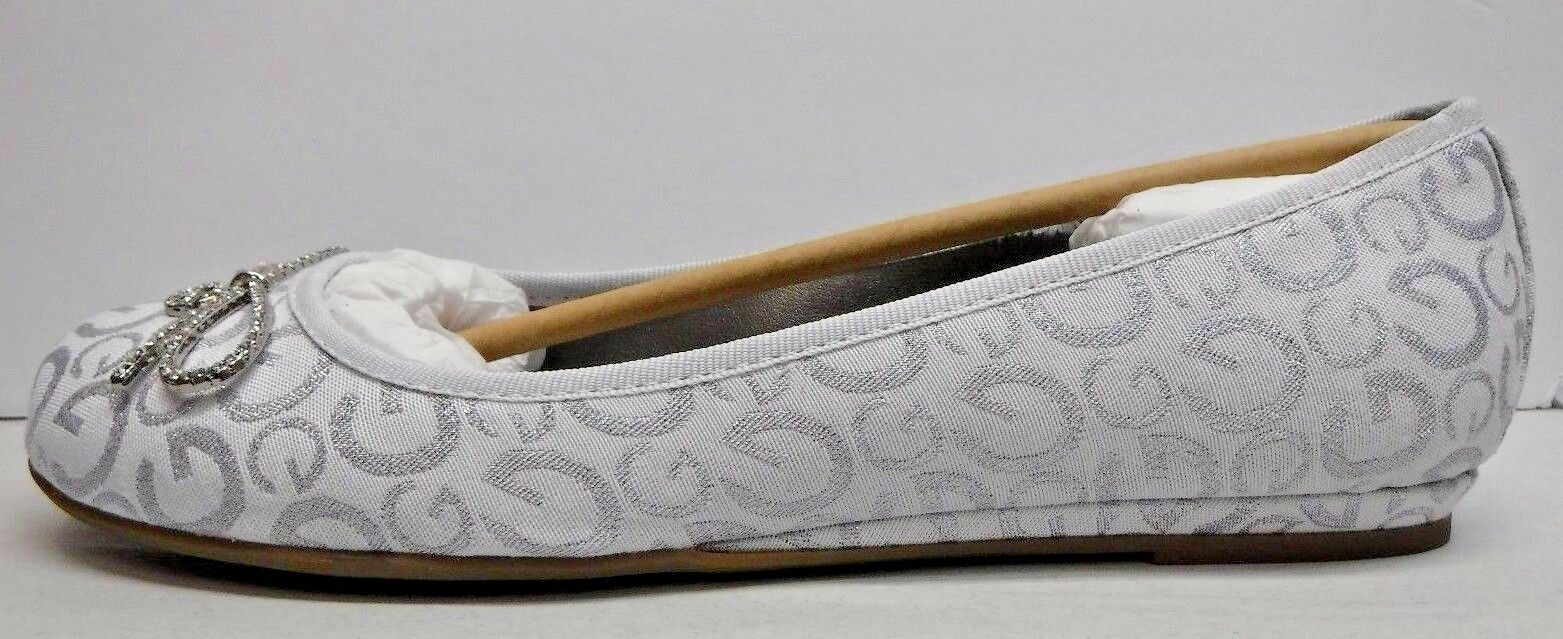 G By Guess Talla 9.5 blancoo pisos con piedra piedra piedra Nuevos Mujer Zapatos arco de acento  buen precio