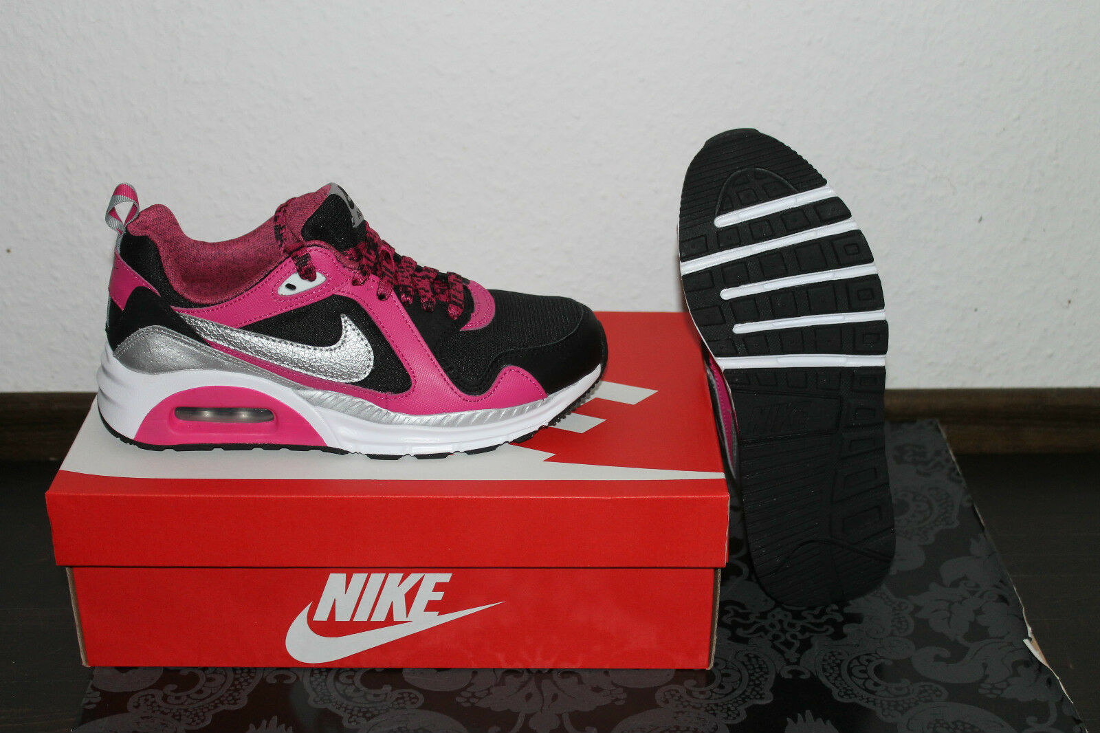 Nike Air Max rose trax Femmes running chaussures noir rose Max argent taille 36,5; 38; 38,5 1f065f