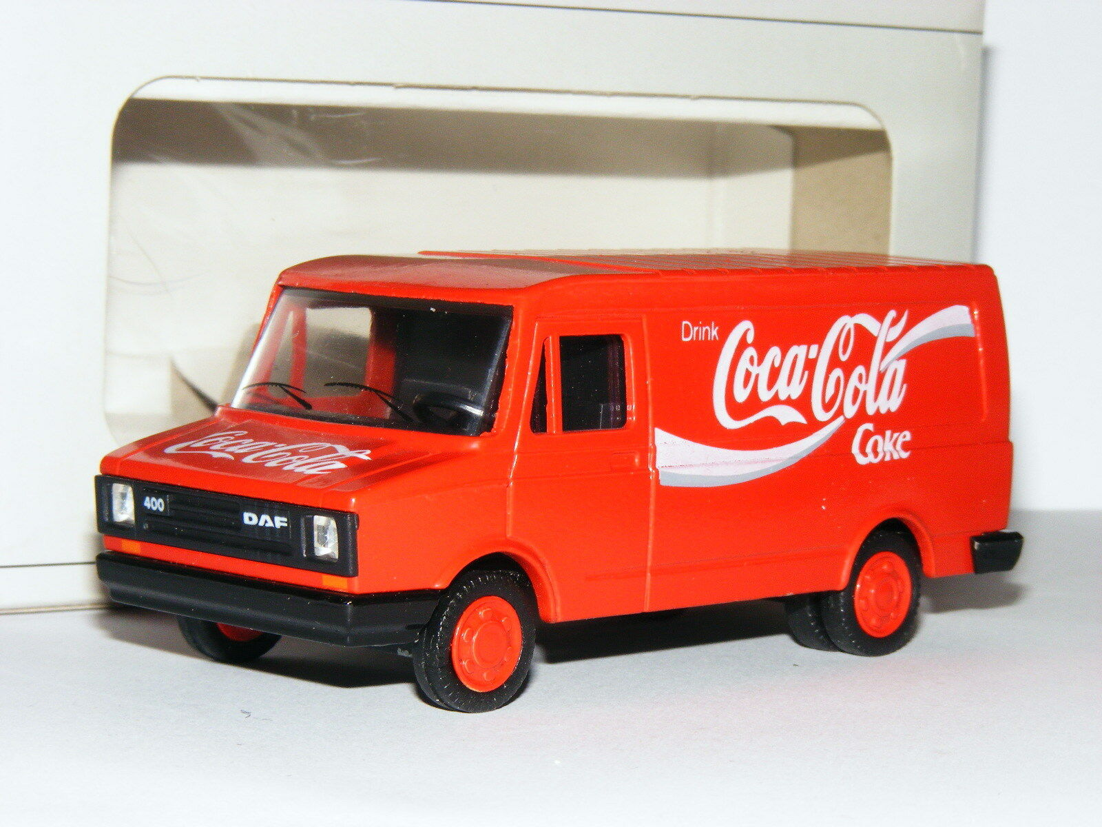 Lion Toys 101 DAF 400 Van Coca-Cola 1 50 Boxed