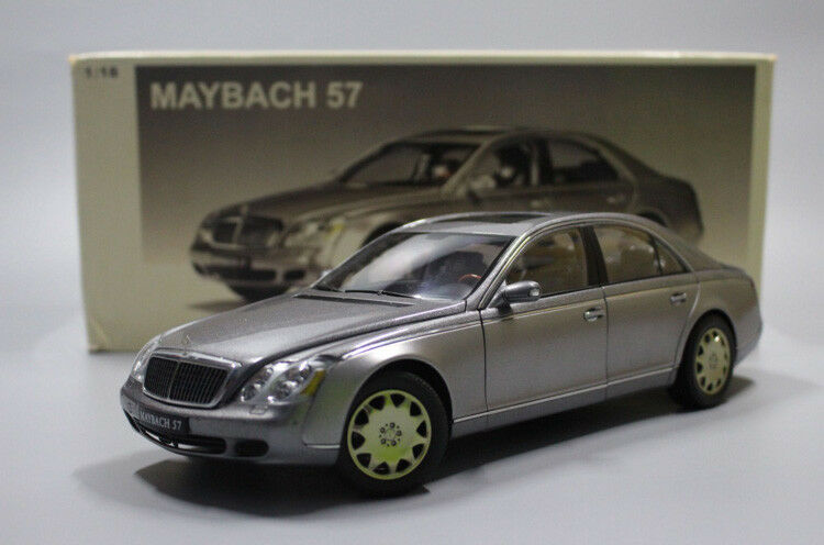 1 18 AutoArt  MAYBACH 57 Die Cast Model Grey
