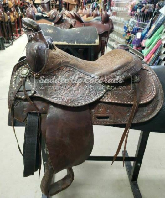 13.5  Used  Circle Y Western Trail Saddle 3-1611  fitness retailer