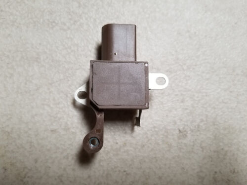 GC84110 W085-387 New Alternator Voltage Regulator 126600-4110 4110