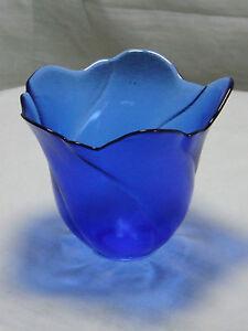 Cobalt Blue Art Glass Flower Petal Vase Display Piece Ornamental Decorative - NEWPORT, United Kingdom - Cobalt Blue Art Glass Flower Petal Vase Display Piece Ornamental Decorative - NEWPORT, United Kingdom