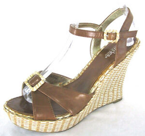 Charles-David-Shoes-Sz-8-Womens-Brown-Strappy-Woven-034-Straw-034-Wedge-Heels-Sandals