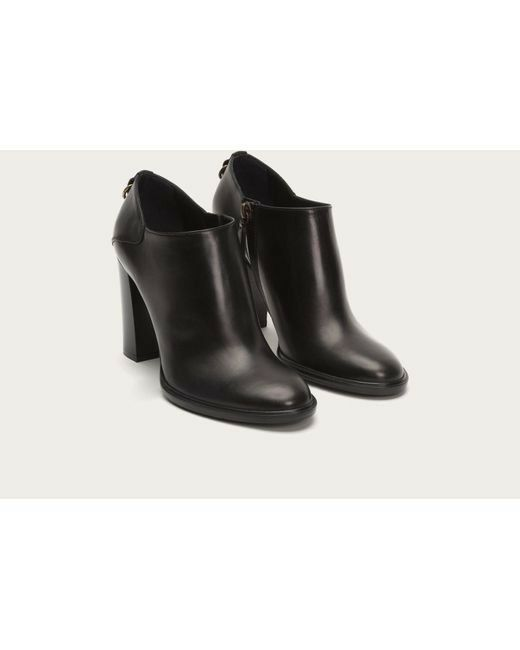FRYE WOMENS ISABELLA SHOOTIE  458 Made in ITALY Size US 9 (Used only once)