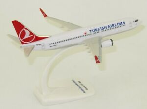 THY-Turkish-Airlines-Boeing-737-800-1-200-inkl-Standfuss-NEU-OVP-TC-JFU-PPC