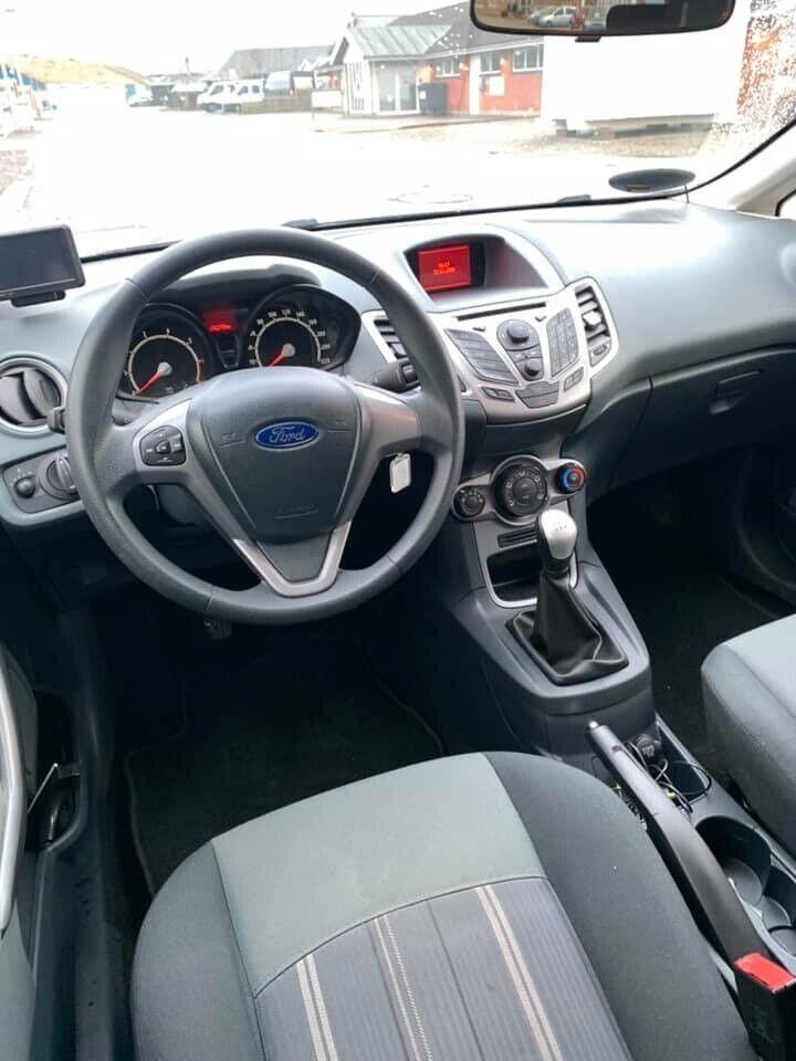 Ford Fiesta 1,4 Trend Benzin modelår 2009 km 136000 ABS