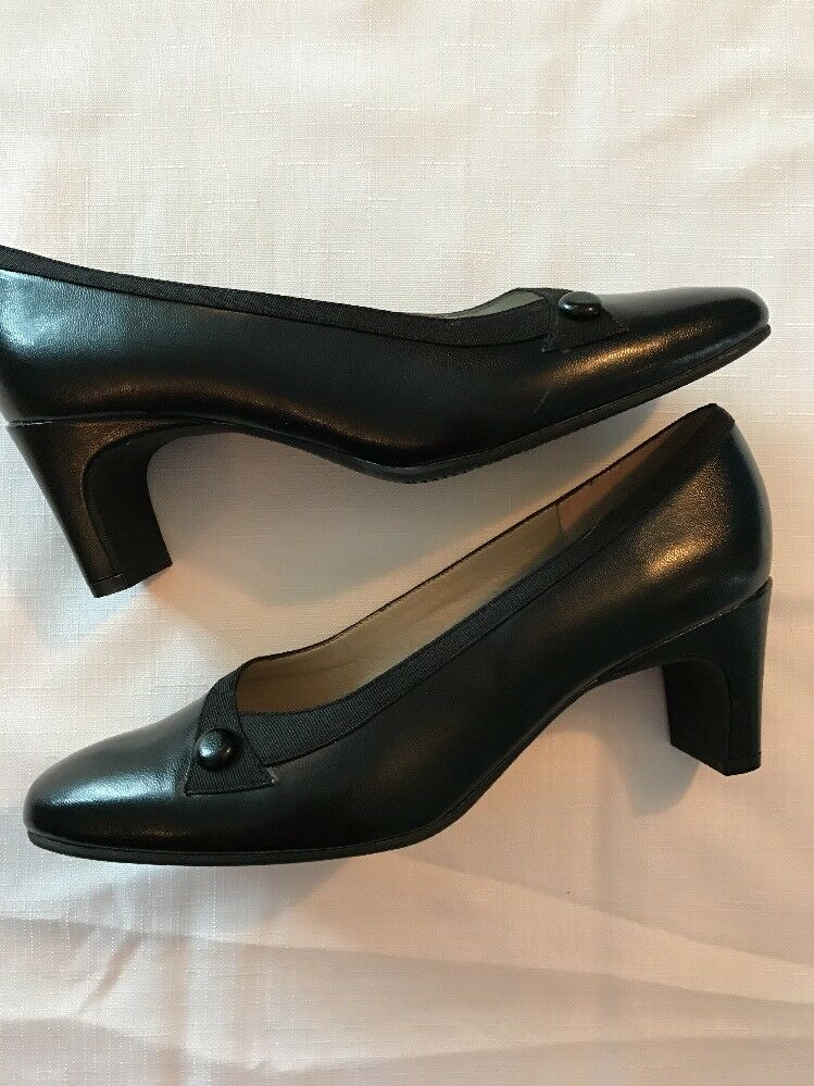Soft Style Style Soft By Hush Puppies Black Button Pumps Womens Sz 8M 82d0a9