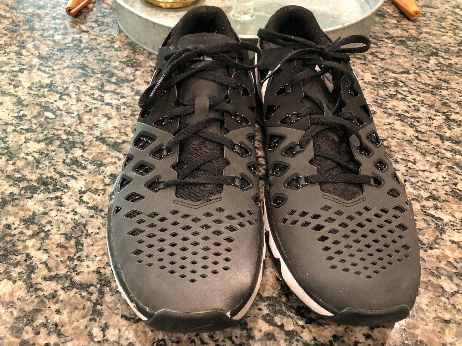 la vitesse des trains hommes chaussures nike taille 11, chaussures hommes de sport 2016 en noir / gris 2d4343