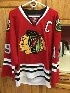 Image is loading Reebok-Chicago-Blackhawks-Jonathan-Toews-19-NHL-CCM- 4bde884b30e
