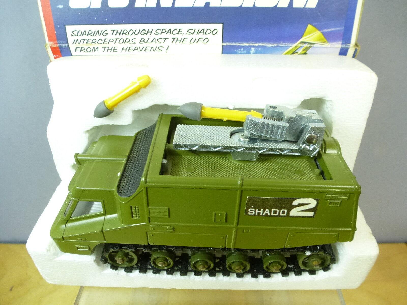 DINKY TOYS MODEL No.353 SHADO 2 MOBILE MOBILE MOBILE    GREEN VERSION       VN MIB f68132