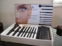 Borghese $129 Value 8 Piece Professional Select Brushes & Brown Brush Roll / Bag
