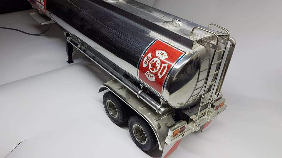 Tamiya 1 16 Scale Fuel Tanker Trailer Assembled  Very good condition.  ordina adesso