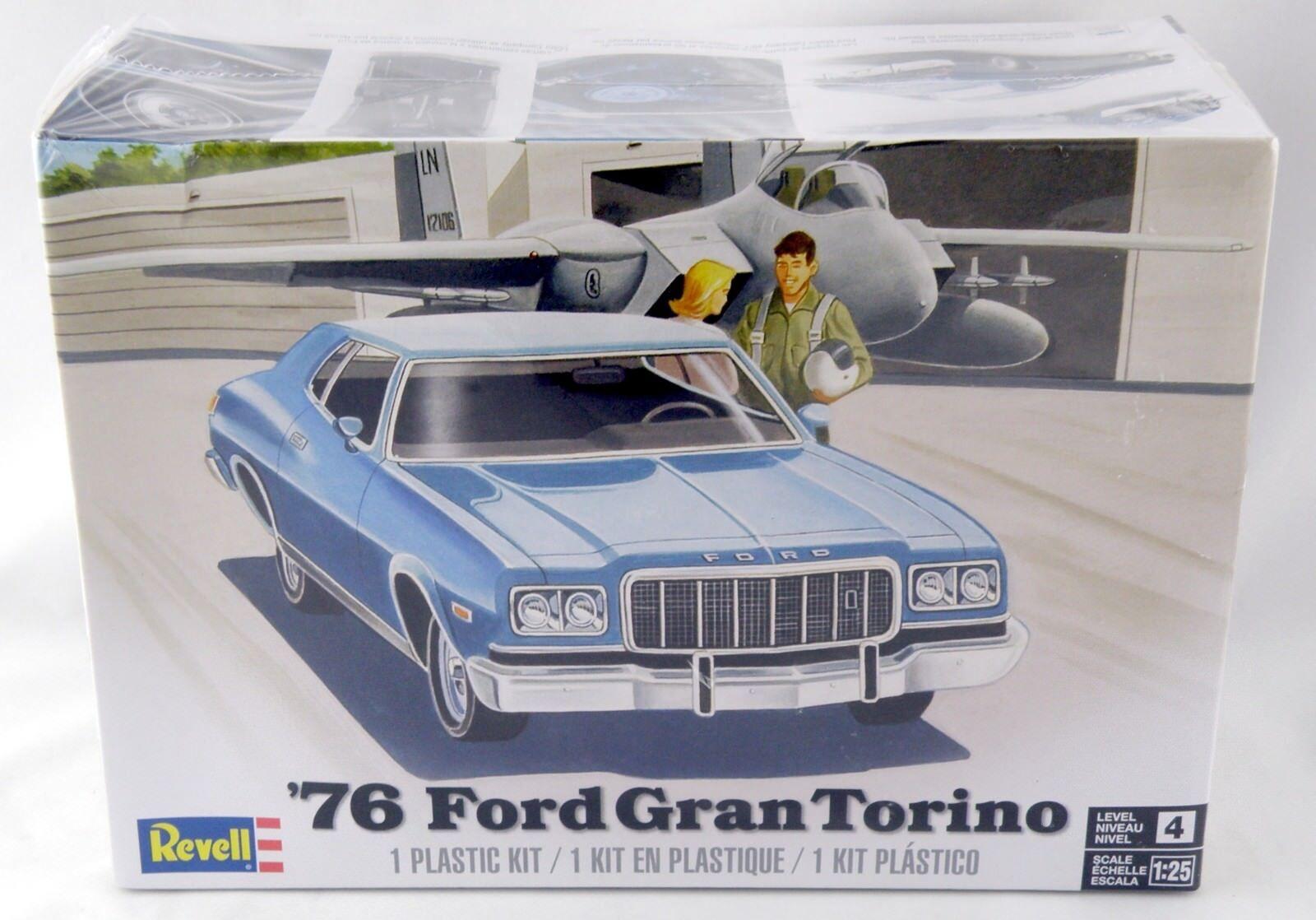 REVELL 4412 1:25th échelle 76 Ford Gran Torino