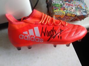 Signed-Chris-Wood-amp-Robbie-Brady-Boot-Burnley-Stars-Adults-Brand-New-Boot