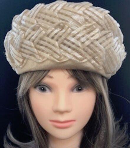 Vintage 1940's Beige Straw Hat