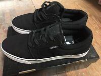 Lotek Fader V2- Black - Sizes: 7, 8, 9, 10, Or 11
