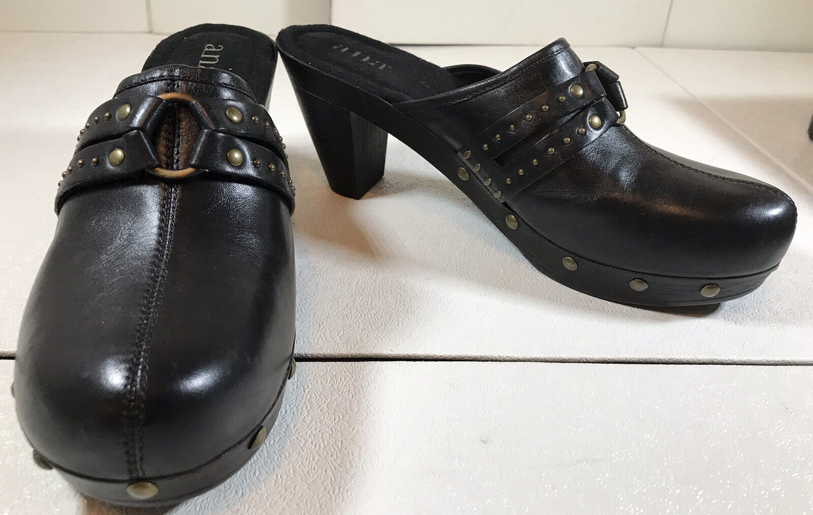 a.n.a Leather Shoes Slip On Size 10M New With Box