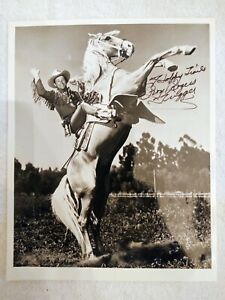 "Roy Rogers and Trigger black and white autographed photo - without ""to"""