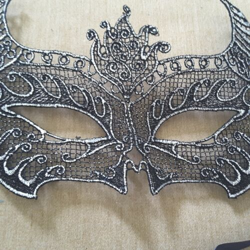 Black Gold Eyes Embroidered Party Costume Eye MASK Cat Women Masks Lace