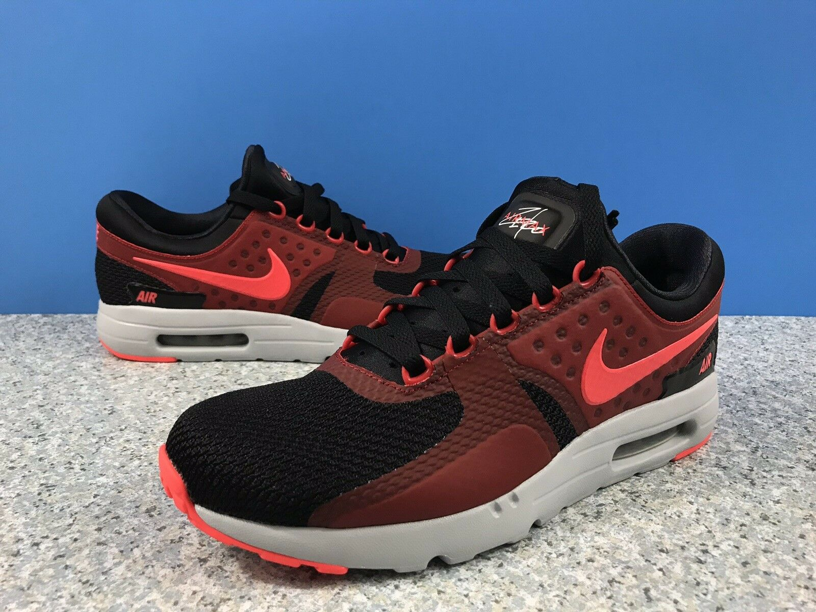 Nike Air Max Zero Black Bright Crimson Red Grey Sz 9.5 876070-007