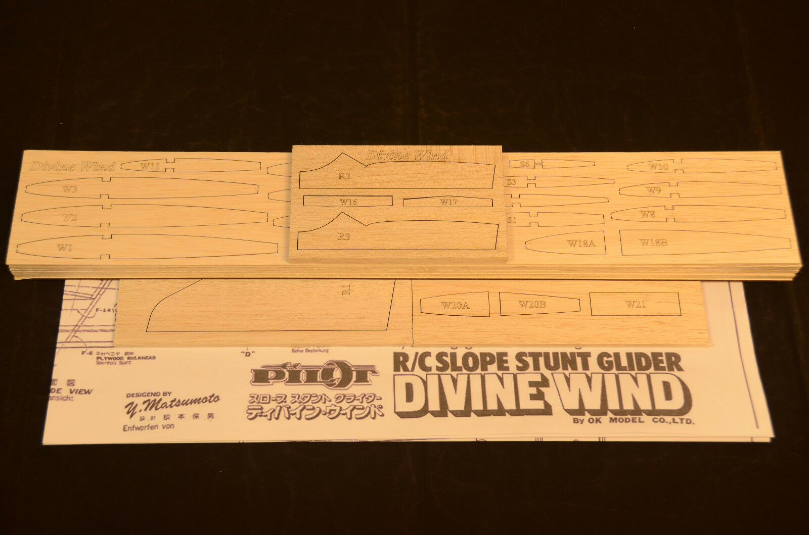 Pendiente Planeador Divine Wind Corte Láser Kit & Planes 65 Ala Span,Please Read