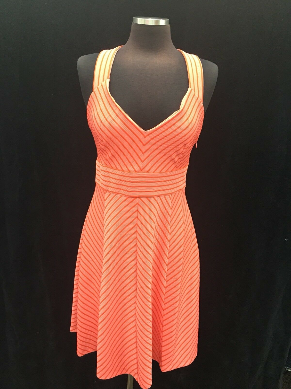 ADRIANNA PAPELL DRESS NEW WITH TAG RETAIL SIZE 6 LENGTH 37