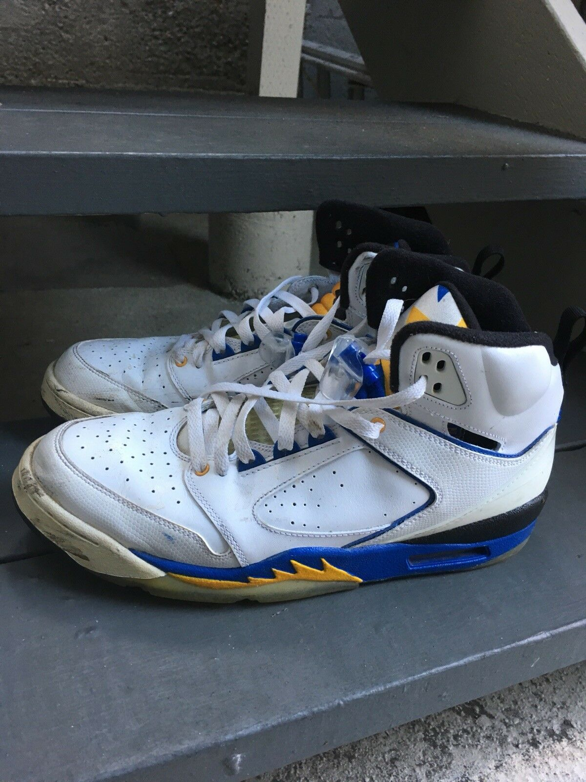 Used Jordans Warriors Couleurs Taille 12