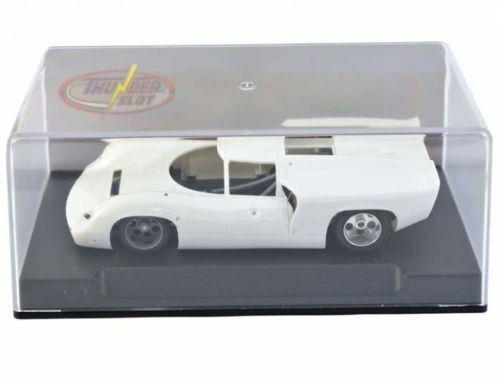 THUNDER SLOT CA001KS//W LOLA T70 MKIII WHITE UNPAINTED 1//32 SLOT CAR KIT