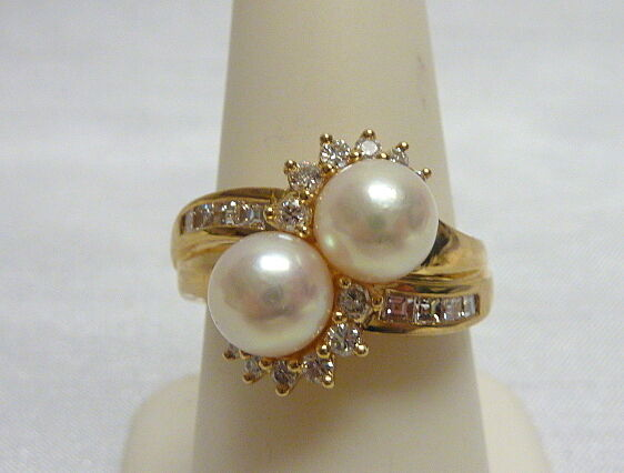 14kt YG two 7mm Pearls & .50 ct twt diamonds Bypass ring size 8.25  5.5g  I-2113