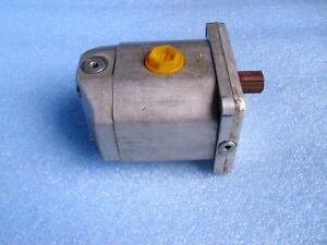 Orsta Hydraulikmotor 20/16 TGL 10860 reg. neu